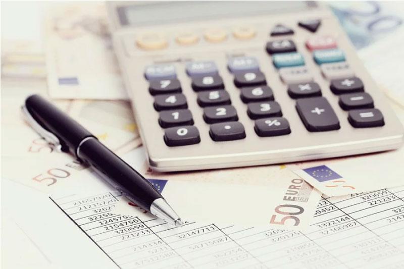 Precio indexado o fijo: claves para tener el mejor contrato de luz en tu empresa