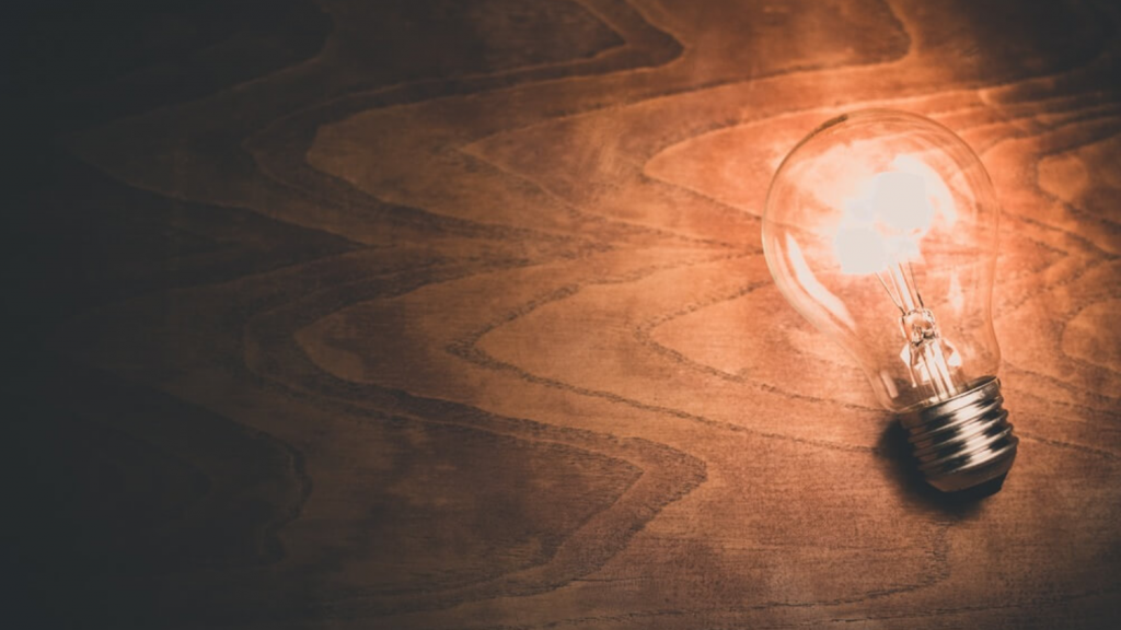 ¿Por qué sube y baja el precio de la luz?