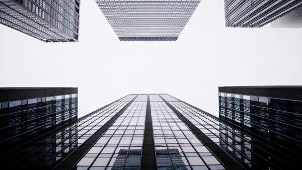 Cómo funciona una arquitectura para la eficiencia energética de tu empresa