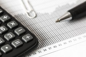 ¿Qué impuestos complican la gestión energética de tu empresa en Murcia?